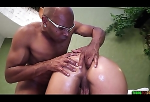 Cute tranny gets will not hear of ass fingered together with drilled